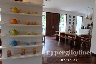 Foto 8 - Interior di Lewis & Carroll Tea oleh Darsehsri Handayani
