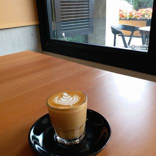 Foto 2 - Makanan(Piccolo Latte) di Carla Living oleh Kuliner Limited Edition