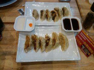 Foto 5 - Makanan( Seirock-ya Special Ebi Gyoza (IDR 37k)) di Ramen SeiRock-Ya oleh Renodaneswara @caesarinodswr