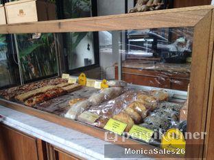 Foto 10 - Interior(dessert display) di Baker Street oleh Monica Sales