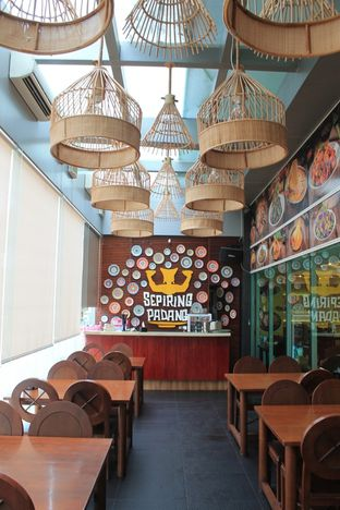 Foto 6 - Interior di Sepiring Padang oleh Prido ZH
