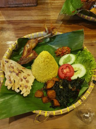 Foto Makanan di Kluwih