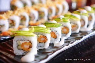 Foto 2 - Makanan(King Eragon Roll) di OTW Sushi oleh @kulineran_aja