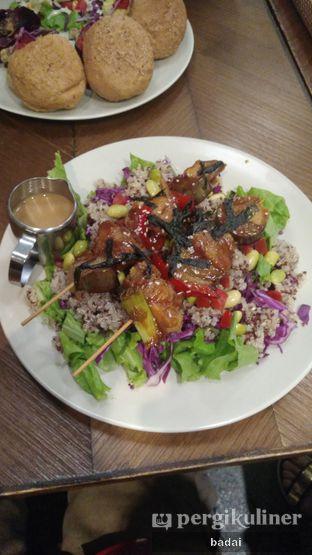 Foto 2 - Makanan di Burgreens Express oleh Winata Arafad