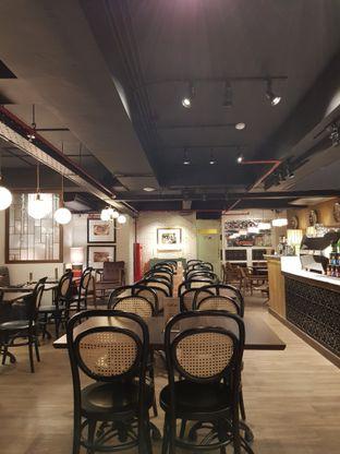 Foto 2 - Interior di Supresso Coffee Bar oleh Amrinayu