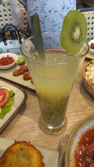 Foto 9 - Makanan di Taliwang Bali oleh Renodaneswara @caesarinodswr