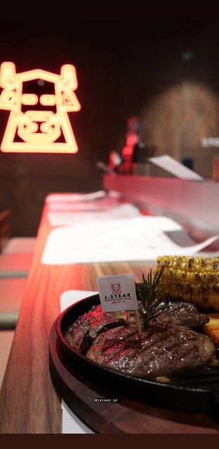 Foto 4 - Makanan di J STEAK oleh Merlin makan