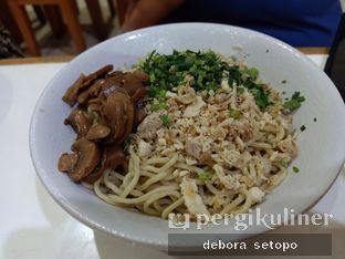 Foto 1 - Makanan di Mie Lezat Khas Bandung oleh Debora Setopo
