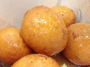 Foto 1 - Makanan(The Original) di Lukumades oleh awakmutukangmakan