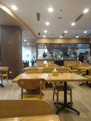 Foto 5 - Interior di Golden Lamian oleh deasy foodie