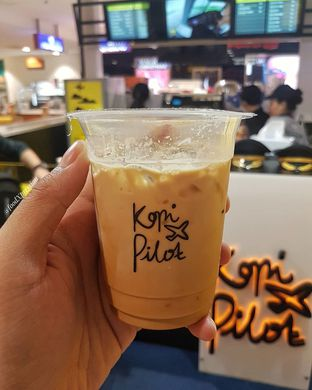Foto review Kopi Pilot oleh Eatandcrunch  3