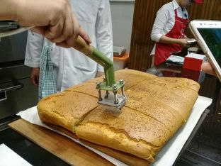 Foto 1 - Makanan di Ojisan Cake oleh Caca