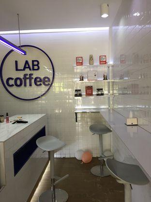 Foto 6 - Interior di Lab Coffee oleh Yohanacandra (@kulinerkapandiet)