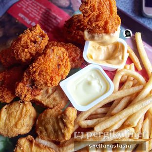 Foto 2 - Makanan di McDonald's oleh Shella Anastasia