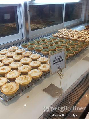 Foto review Ezo Hokkaido Cheesecake & Bakery oleh Wiwis Rahardja 3