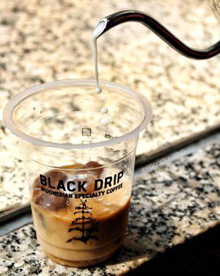 Foto 1 - Makanan(Rocks Latte) di Black Drip oleh Christine Lie #FoodCraverID