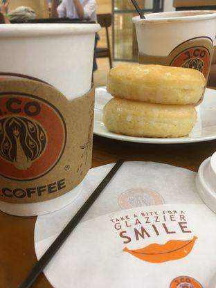 Foto 20 - Makanan di J.CO Donuts & Coffee oleh Prido ZH