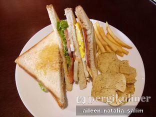 Foto 1 - Makanan di Wisdom Coffee n Waffle oleh @NonikJajan