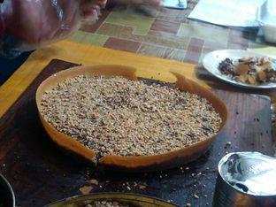 Foto 3 - Makanan di Martabak Favourite oleh Renodaneswara @caesarinodswr