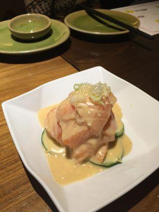 Foto 1 - Makanan(Chef's Special Salmon Salad) di Poke Sushi oleh Elvira Sutanto
