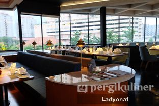 Foto 6 - Interior di Sea Grain Restaurant & Bar - Double Tree by Hilton Hotel Jakarta oleh Ladyonaf @placetogoandeat