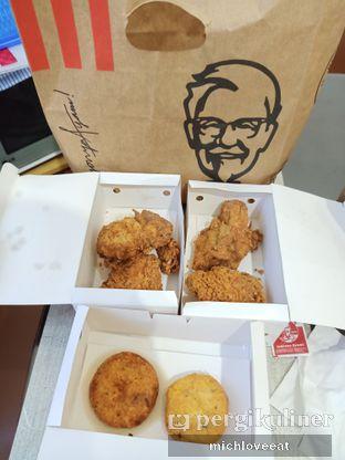 Foto 4 - Makanan di KFC oleh Mich Love Eat