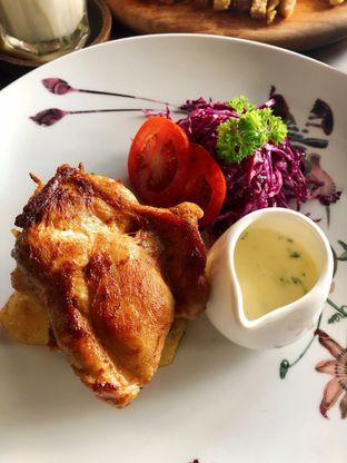 Foto 3 - Makanan di Kolonial Bistro & Roastery oleh kdsct