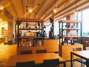 Foto 5 - Interior di Hario Coffee Factory oleh Astrid Huang | @biteandbrew