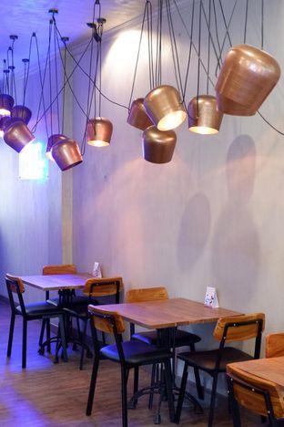 Foto 20 - Interior di Burns Cafe oleh yudistira ishak abrar