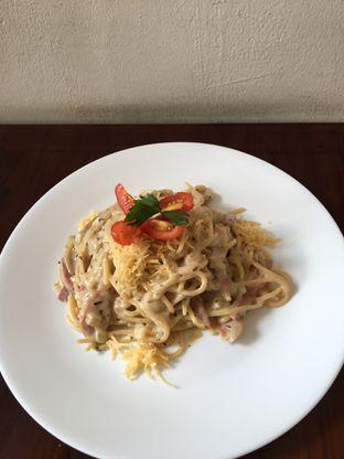 Foto 1 - Makanan(spagetti carbonara) di Vintage Cafe oleh Jeljel