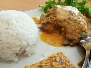 Foto 2 - Makanan di Ayam Tulang Lunak Hayam Wuruk oleh catgoesmiawyaw