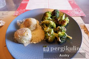 Foto 6 - Makanan(Polpette & Broccoli) di Mangiamo Buffet Italiano oleh Audry Arifin @thehungrydentist