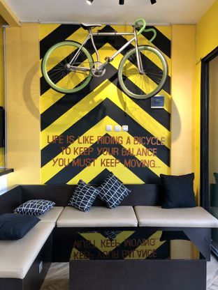 Foto 1 - Interior di Alooen Alooen Cafe and Coffee oleh kdsct