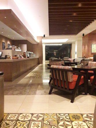 Foto Interior di Sapori Deli - Fairmont Jakarta