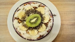 Foto 3 - Makanan(Dragon bowl) di Vita-Mine Smoothie Bar oleh Komentator Isenk