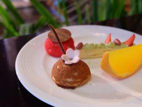 Foto The Cafe - Hotel Mulia