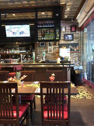 Foto 3 - Interior di TGI Fridays oleh @Sibungbung
