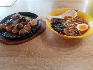 Foto 3 - Makanan di Universal Noodle Ichiro Chazuke Ramen Market oleh vio kal