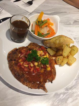 Foto 1 - Makanan(Spicy Steak Chicken) di B'Steak Grill & Pancake oleh Elvira Sutanto
