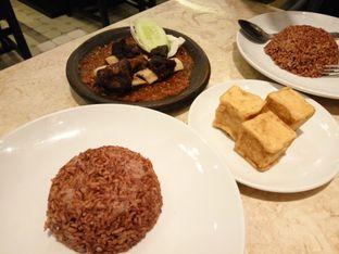Foto 3 - Makanan(Nasi Merah, Iga Penyet, Tahu goreng) di Warung Leko oleh Clara Yunita