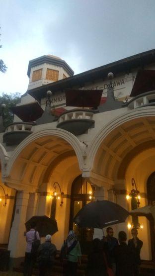 Foto 13 - Eksterior di Tugu Kunstkring Paleis oleh Renodaneswara @caesarinodswr