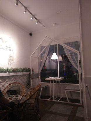 Foto 4 - Interior di Sudoet Tjerita Coffee House oleh Nanda Ferlisa