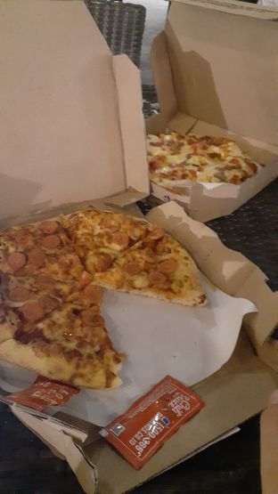 Foto - Makanan di Domino's Pizza oleh Kezia Kevina