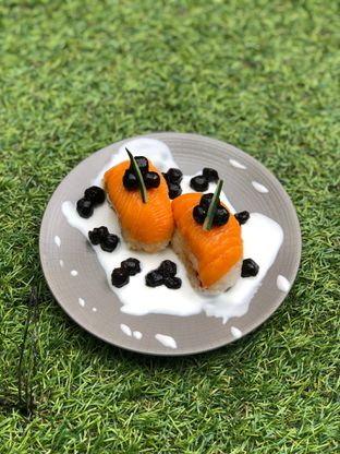Foto 5 - Makanan di Baiza Sushi oleh feedthecat