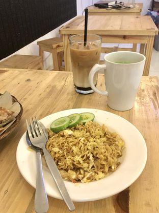Foto review Legend Cafe & Resto oleh Prido ZH 15