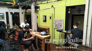 Foto 10 - Interior di Giyanti Coffee Roastery oleh Mich Love Eat