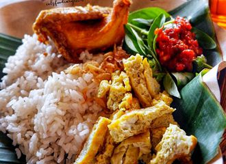 17 Tempat Makan Murah di Bandung yang Enak Banget