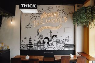Foto 6 - Interior di Thick Toast oleh GoodDay