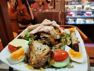 Foto 1 - Makanan di Mom's Artisan Bakery oleh stephanus