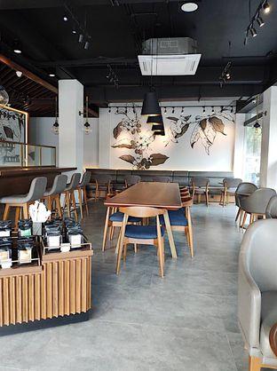 Foto 3 - Interior di Macroni Tei Coffee oleh inggie @makandll